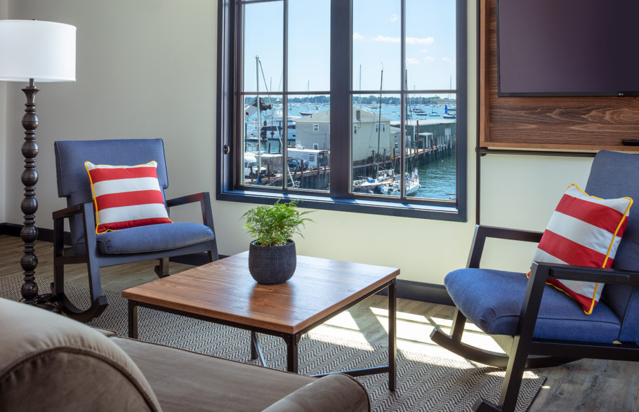 Habor suite view of harbor.